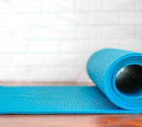 Roll_Up_Yoga_Mat_on_a_White_Background_63_640.jpg