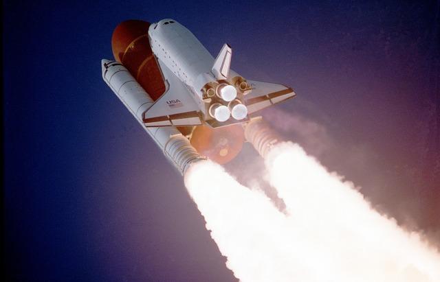 space-shuttle-992_640.jpg